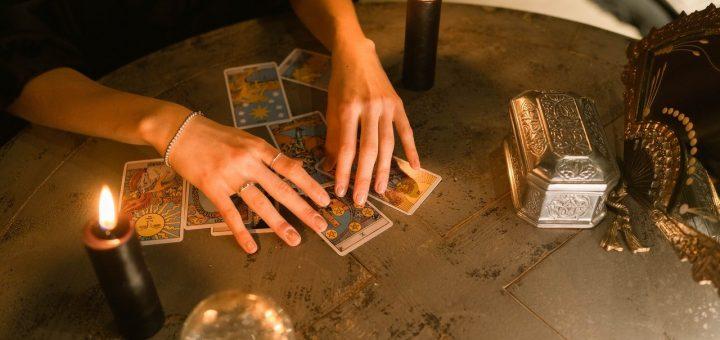 apprendre la lecture des cartes de voyance